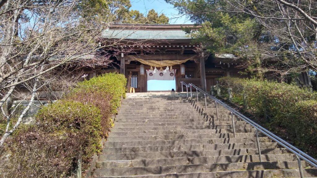 菊池神社の入り口階段
